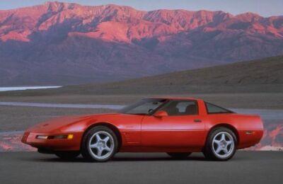 Classicmusclecarscom Chevrolet Corvette History Fourth Generation